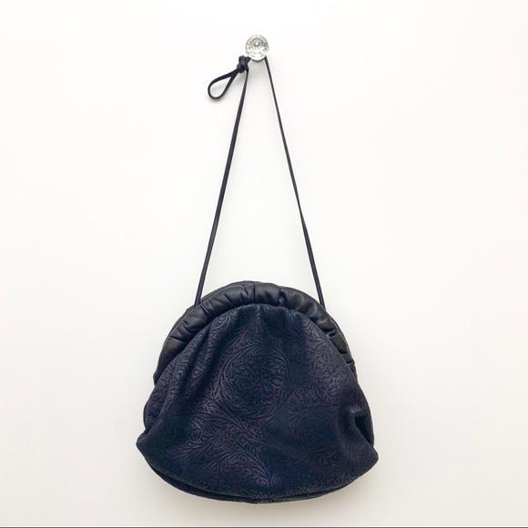 Vintage Handbags - Vintage Hand Bag